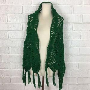 HANDMADE | pine green knit shawl